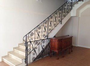 Облицовка бетонной лестницы, перила ковка МО-1 Цена по запросу и Вашим размерам