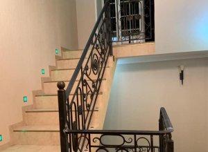 Ограждения для лестницы из ковки АЛ-2. Кованые перила по вашим размерам