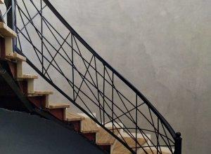 Радиусные перила на лестницу