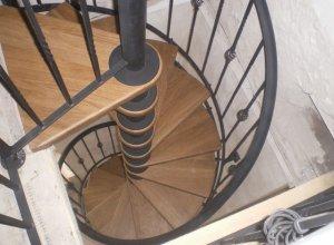 Винтовая лестница Л-110 Цена по запросу и Вашим размерам