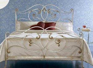 К-715 Кованая кровать Цена от<del> 51000</del> <strong>50000</strong> руб. Точный расчет по запросу и Вашим размерам