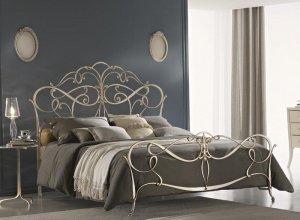 К-719 Кованая кровать Цена от<del> 68000</del> <strong>67000</strong> руб. Точный расчет по запросу и Вашим размерам