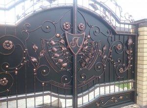 Кованые ворота, Цена от 26000 руб. м2. Точный расчет по Вашим размерам и запросу