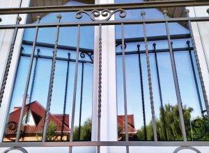 Кованые ограждения окна