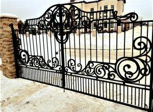 Ворота кованые В-10 Цена от 21000 руб. м2. Точный расчет по Вашим размерам и запросу