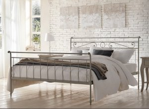К-701 Кованая кровать Цена от<del> 45000</del> <strong>44000</strong> руб. Точный расчет по запросу и Вашим размерам