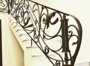 Ковка перил для ограждения лестницы