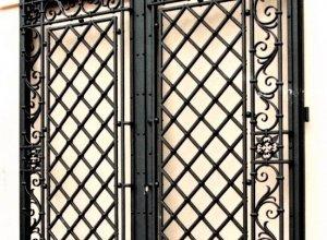 Ворота кованые В-6. Цена от 21000 руб. м2. Точный расчет по Вашим размерам и запросу