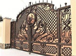 Ворота кованые В-11 Цена от 28000 руб. м2. Точный расчет по Вашим размерам и запросу
