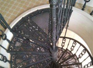 Винтовая лестница, литье Л-115 Цена по запросу и Вашим размерам