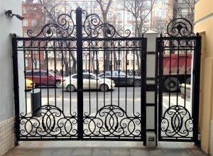 Ворота кованые В-К Цена от 12000 руб. м2. Точный расчет по Вашим размерам и запросу