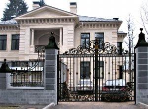 Ворота кованые В-7. Цена от 24500 руб. м2. Точный расчет по Вашим размерам и запросу