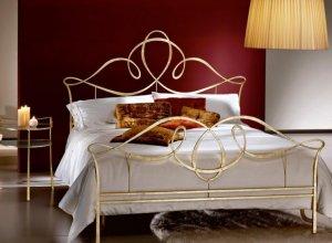 К-703 Кованая кровать-золото Цена от 42000 руб. Точный расчет по запросу и Вашим размерам