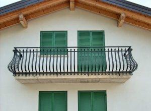Пузатый и кованый балкон П-2,  Точный расчет по запросу и Вашим размерам