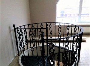 Винтовая лестница Л-115(1) Цена по запросу и Вашим размерам