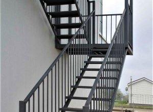 Лестница сварная-уличная. Стоимость по запросу.