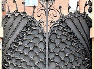 Ворота кованые В-2-2 Цена от 8500 руб.м.п. Точный расчет по Вашим размерам и запросу