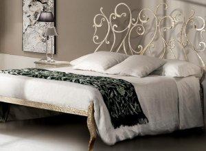 К-709 Кованая кровать Цена от<del> 45000</del> <strong>44000</strong> руб. Точный расчет по запросу и Вашим размерам