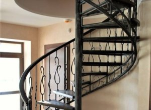 Винтовая лестница Л-111 Цена по запросу и Вашим размерам